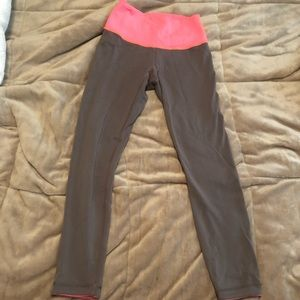 Reversae Lululemon leggings sz 6